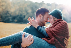 What Aquarius Men Like in a Woman? – Be Aquarius Ideal Type!
